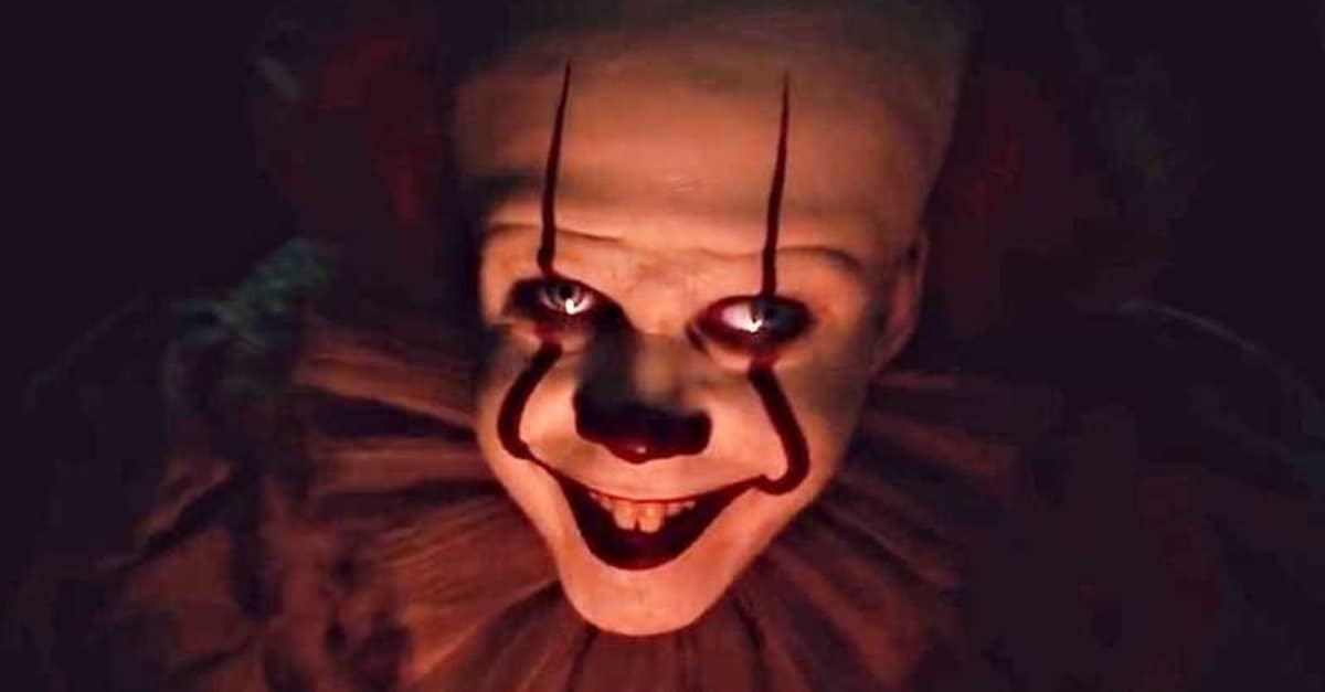 It Chapter Two Banner - IT: CHAPTER TWO Review - An Epic/Fantastic Tale of Enduring & Overcoming Childhood Trauma