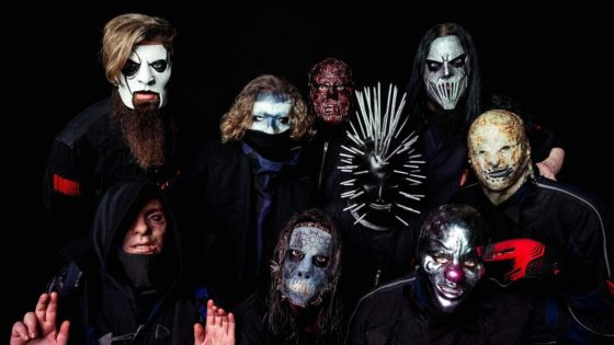 "Slipknot 2019 banner 560x315 - Shawn ""Clown"" Crahan Slams Journalist for Asking the Identity of SLIPKNOT's New Mystery Member"