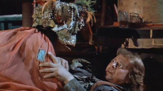 hellcomestofrogtownbanner 560x315 - Vinegar Syndrome To Release 4K Restoration of Cult Classic HELL COMES TO FROGTOWN