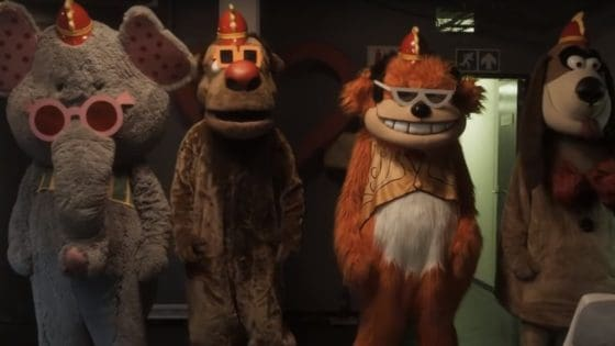 banana splits movie banner 560x315 - Get Ready for a Meet & Greet in Our Exclusive Clip from THE BANANA SPLITS MOVIE