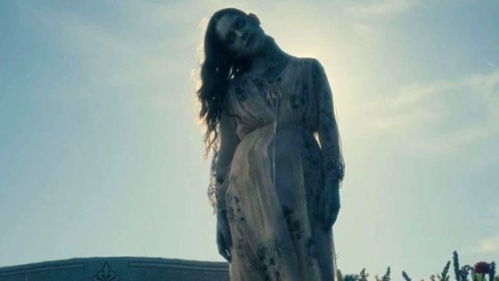 Haunting of Hill House Banner 560x315 - Extras Revealed for Extended Director's Cut of THE HAUNTING OF HILL HOUSE Blu-ray/DVD