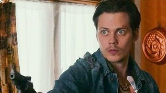 Villains Banner 560x315 - Trailer: Bill Skarsgård's Decapitated Head on a Picket Fence in Poster for VILLAINS