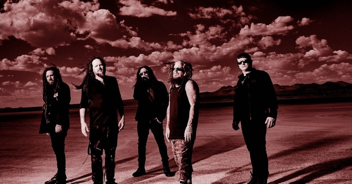KORN Banner - Jonthan Davis from KORN Believes His House is Haunted