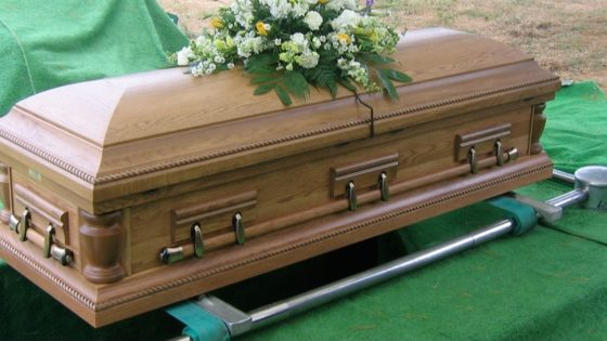 """Coffin Banner 560x315 - Real-Life Horror: Dead Man Screams """"Let Me Out!"""" as Coffin Lowered into Grave"""