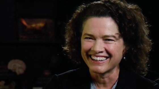 Heather Langenkamp Banner 560x315 - Latest Exclusive Clip from IN SEARCH OF DARKNESS: Heather Langenkamp Talks Tina's Death & Bathtub Scene from NIGHTMARE ON ELM STREET