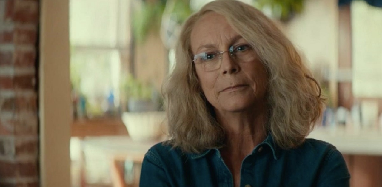 Jamie Lee Curtis Parents Who Show Kids HALLOWEEN Are the Worst People on the Planet - Jamie Lee Curtis Has Strong Feelings on When to Show Your Kids HALLOWEEN