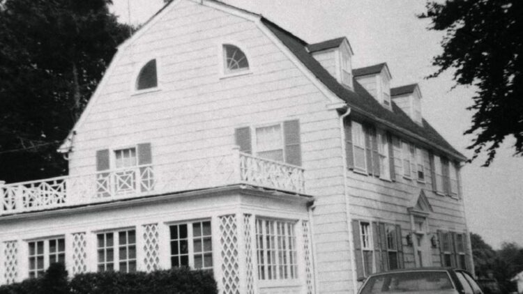 Netflixs Most Notorious Haunted Places in America Docuseries Announced 750x422 - Netflix's Most Notorious Haunted Places in America Docuseries Announced