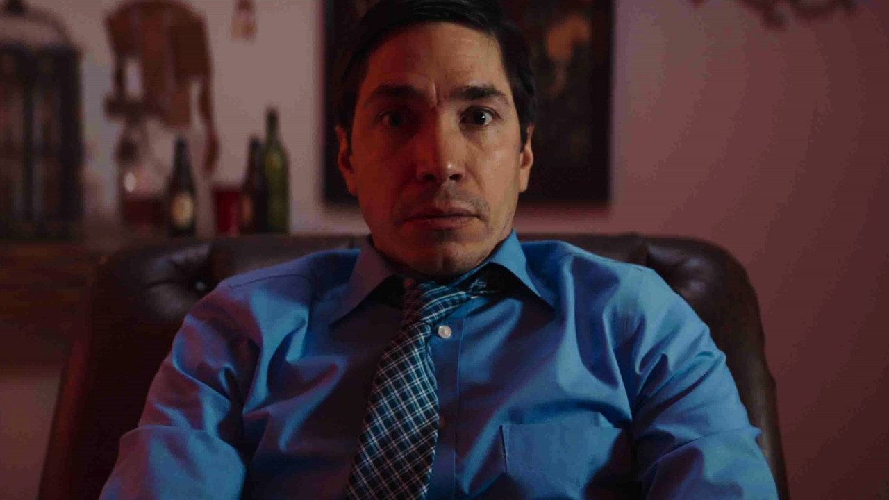 The Wave Banner - Trailer: Ride THE WAVE & Take a Trip with Justin Long