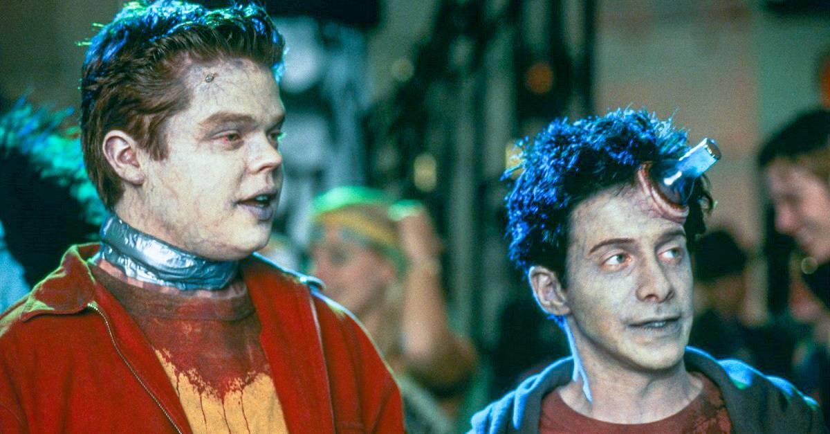 IDLE HANDS - IDLE HANDS Possesses Blu-ray via Scream Factory on 5/12