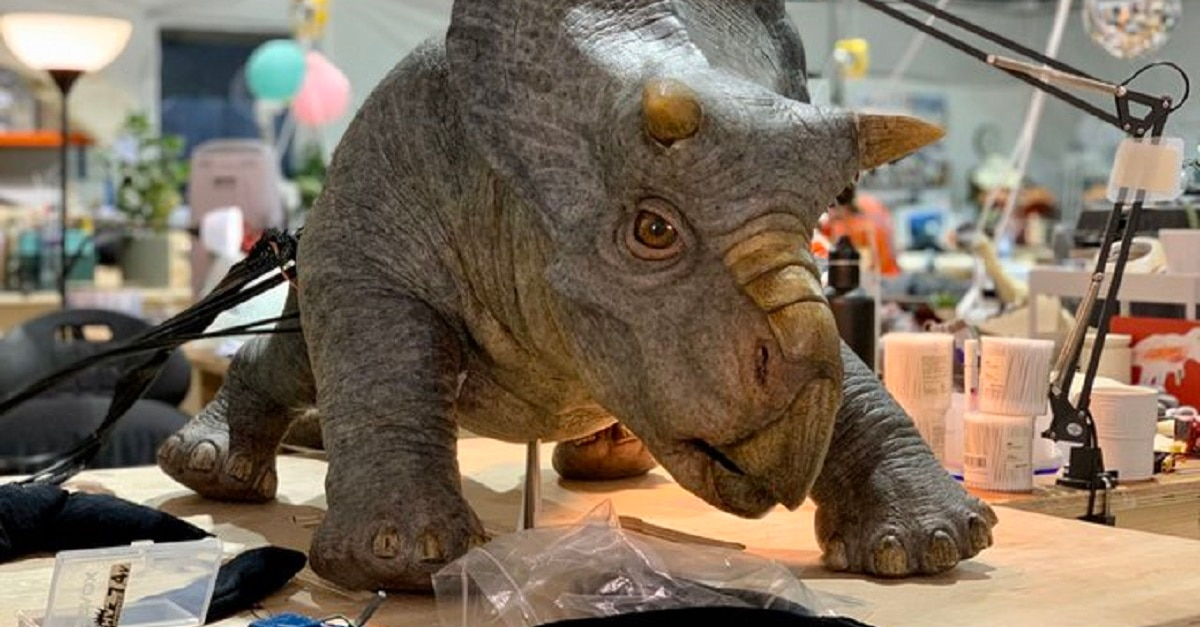 Jurassic World 3 Baby Dinos - Trevorrow Teases Adorable JURASSIC WORLD 3 Baby Dino