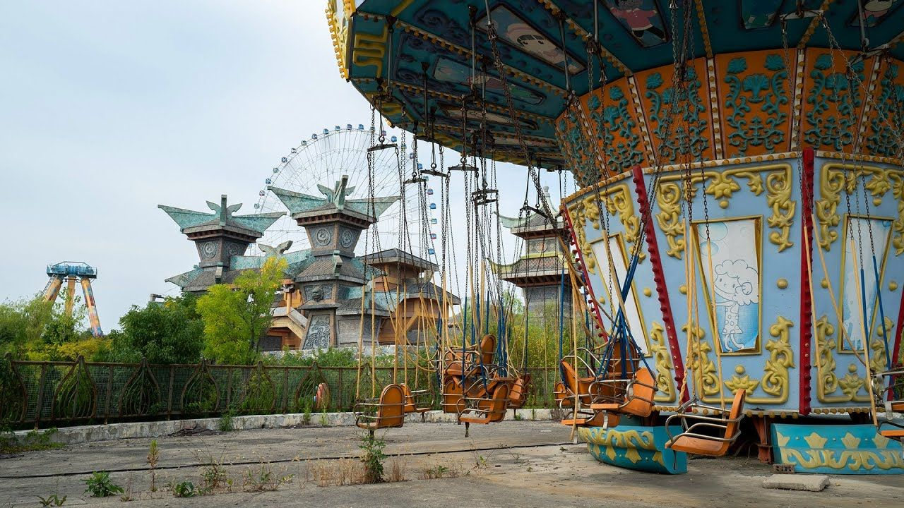 Abandoned Themepark - 4 Video Trips You Can Take To Real-Life Terrifying Locations During Quarantine