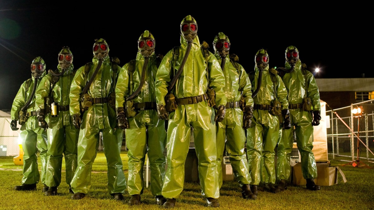 Crazies 01 - Get Down with the Sickness: A Horror Fan's Guide to Surviving the Coronavirus
