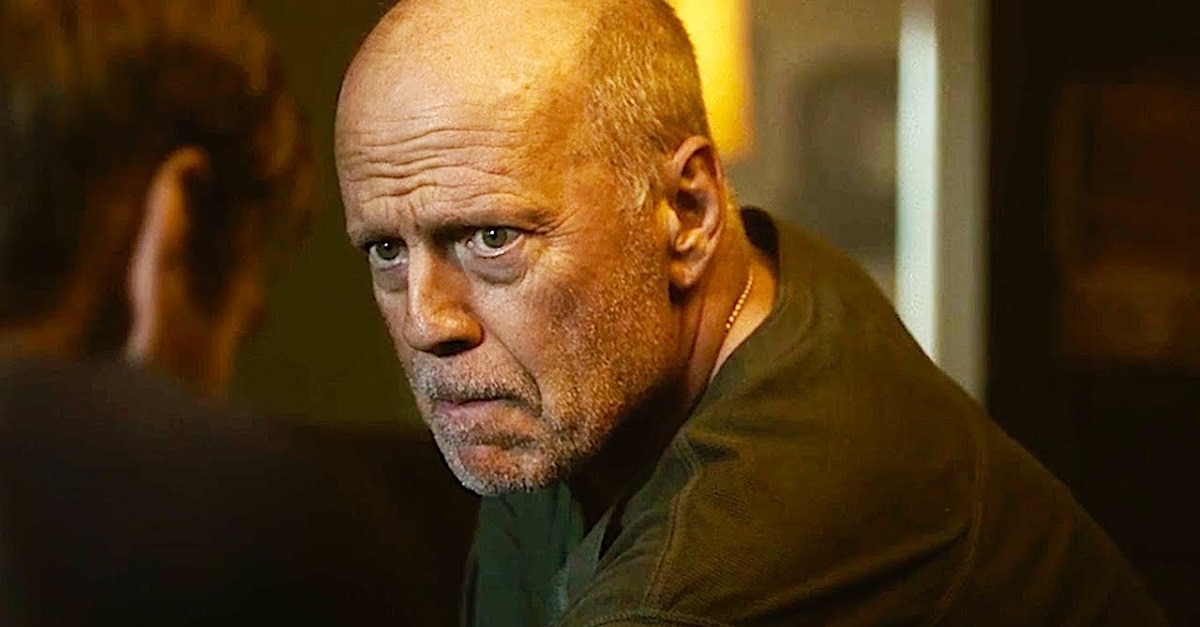 Trailer Bruce Willis Home Invaders SURVIVE THE NIGHT - Trailer: Bruce Willis vs Home Invaders in SURVIVE THE NIGHT