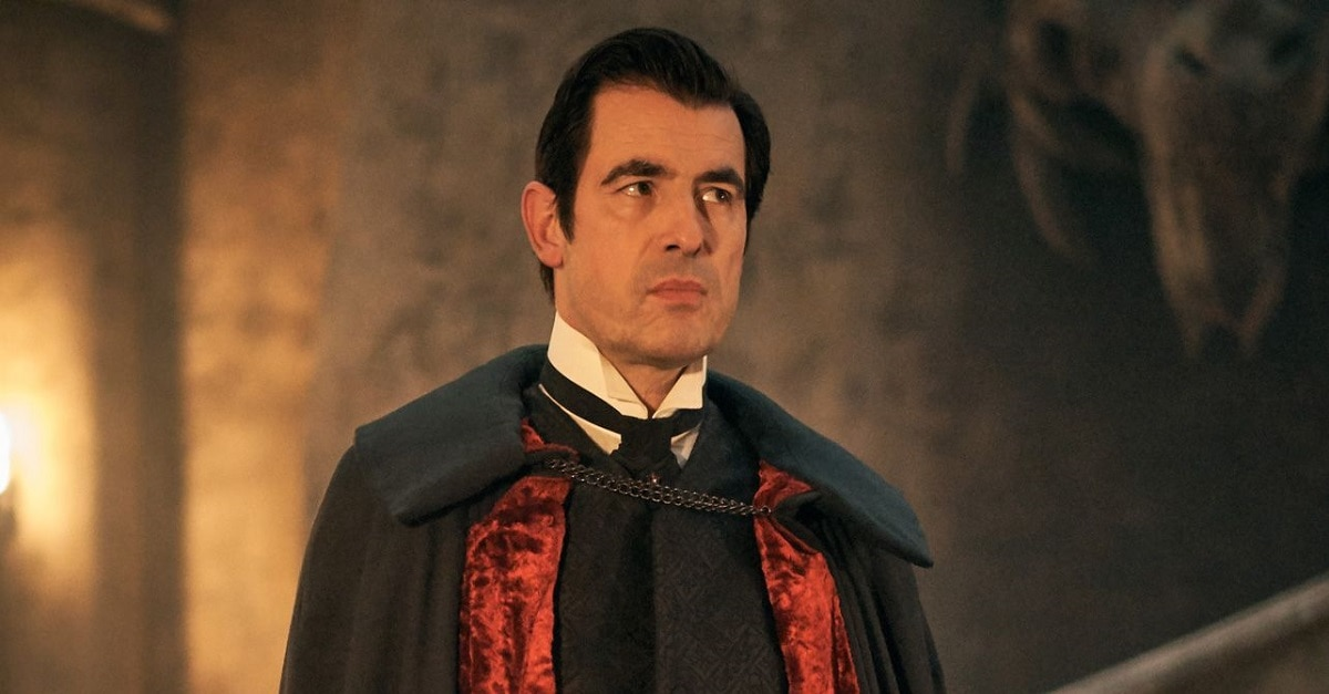 dracula lead - Claes Bang Would Be Super Happy to Do One More Season of DRACULA