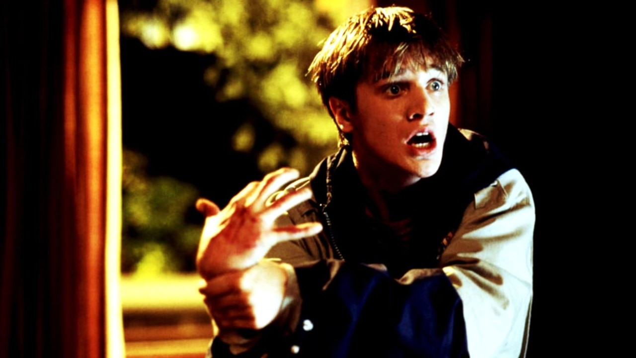 Idle Hands Banner - IDLE HANDS Collector's Edition Blu-Ray Arrives May 12th via Scream Factory