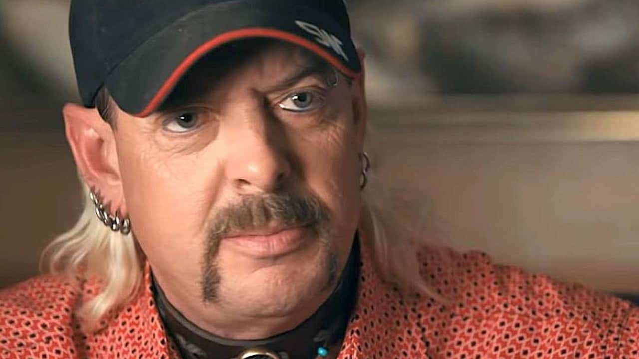 Joe Exotic Tiger King - Can't Get Enough TIGER KING? Joe Exotic's YouTube Channel Will Keep You Entertained for Days!