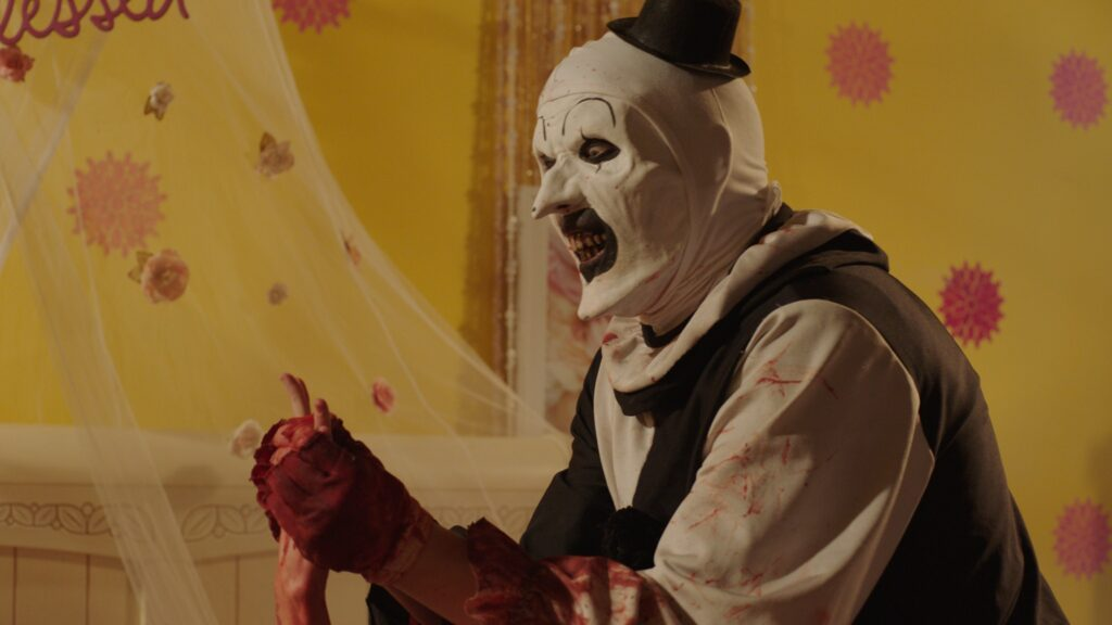 Art the Clown T2 1024x576 - TERRIFIER 2 Writer/Director Releases Statement + New Picture of Art the Clown!