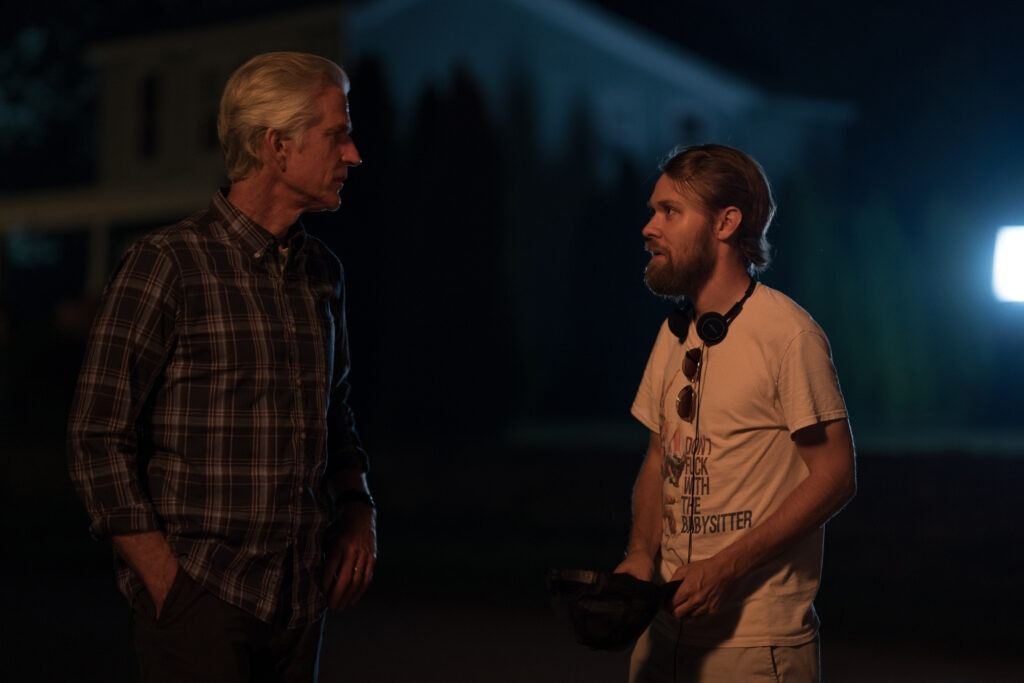Mike P. Nelson Matthew Modine BTS WRONG TURN 1024x683 - Interview – Director Mike P. Nelson Talks Working with Original Writer on WRONG TURN + Lessons Learned from the Movie