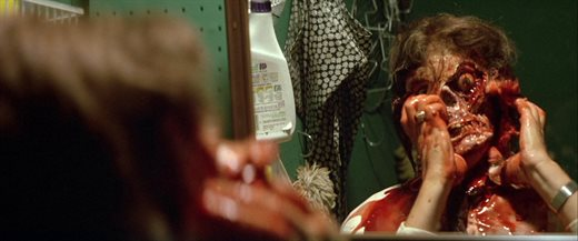 poltergeist1982stillscarydifferentreasons.0104 - 32 Must-See Horror Movies You Need to Stream on HBO Max Right Now