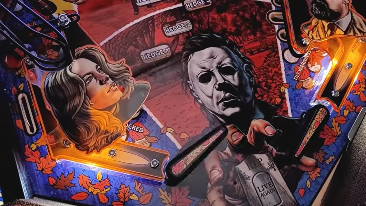 Halloween Pinball Banner 2 - Video Offers Complete Detailed Look at Official HALLOWEEN Pinball Machine