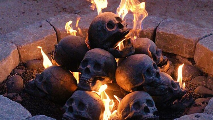 Human Skull Logs 1 new 750x422 - These 'Skull Fire Logs' Will Make Your Fireplace  Look Metal AF