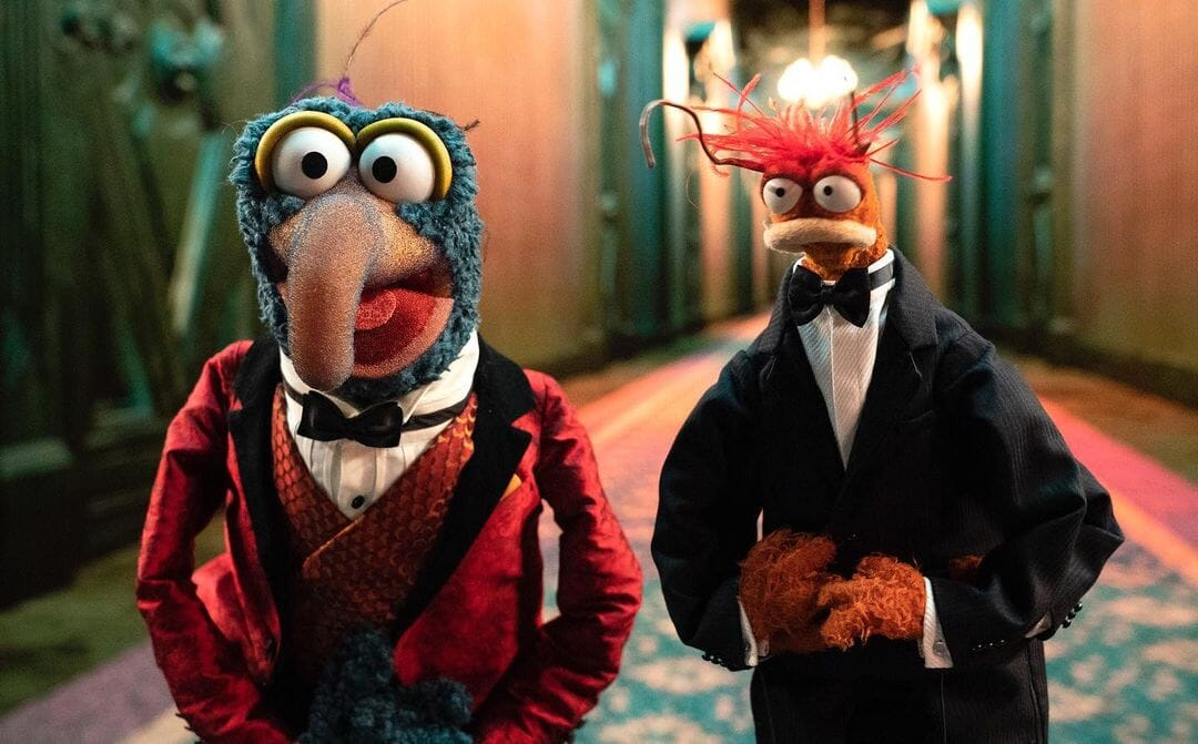 Muppets Haunted Mansion First Look 1 1243820 - Trailer for 'Muppets Haunted Mansion' Promises Family-Friendly Horror Experience