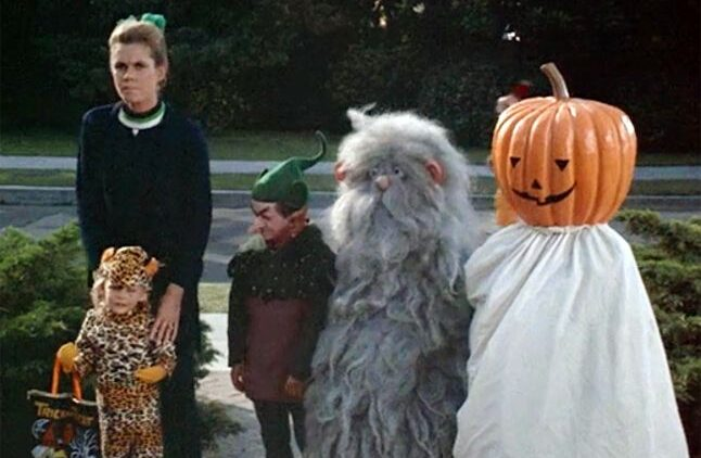 bewitched halloween monsters 646x422 - Sitcom Terrors: 5 of the Scariest Television Sitcom Episodes