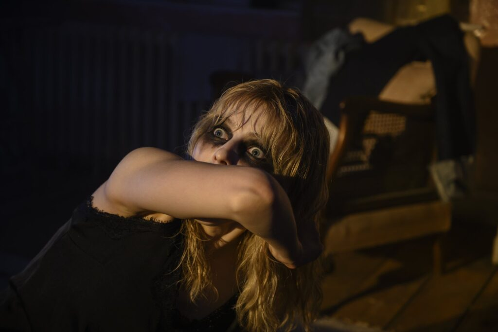soho2 1024x683 - TIFF Review: 'Last Night In Soho' Is An Exciting Yet Predictable Dark Ride Fueled by Nostalgia