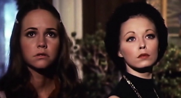 home for the holidays 1972 - Women Scorned: 10 Slashers You Can Stream Right Now With Female Killers