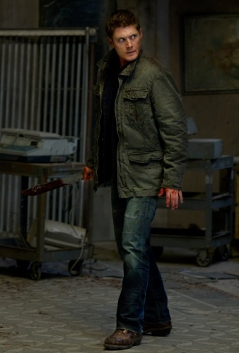Stills and Two Preview Clips for Supernatural Episode 5 - Live Free or Twi-Hard: Dean Becomes a Vampire!