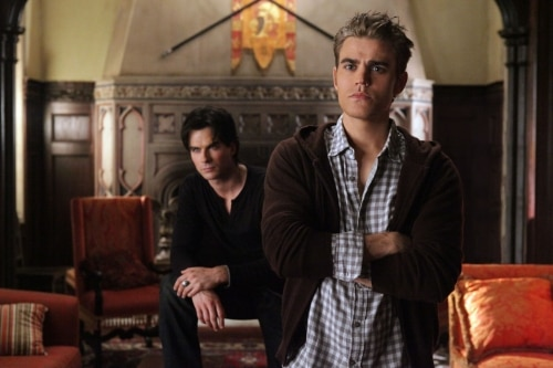 VD207d - The Vampire Diaries: Stills from Episodes 6 and 7; New York Comic Con Teaser Video