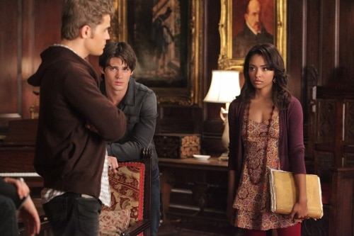 VD207f - The Vampire Diaries: Stills from Episodes 6 and 7; New York Comic Con Teaser Video