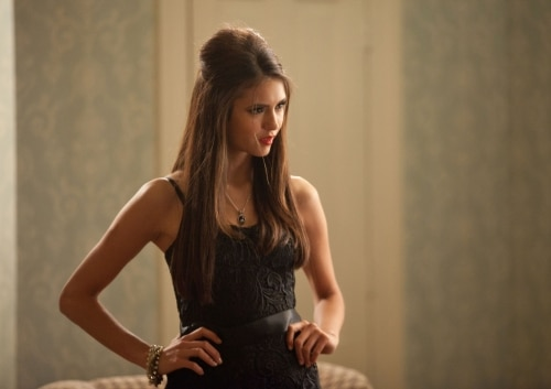 VD207m - The Vampire Diaries: Stills from Episodes 6 and 7; New York Comic Con Teaser Video