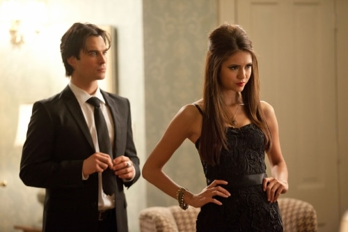 VD207n - The Vampire Diaries: Stills from Episodes 6 and 7; New York Comic Con Teaser Video