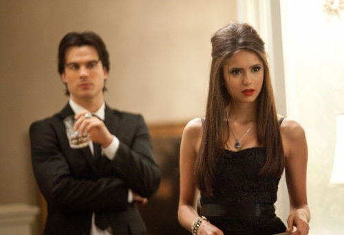 VD207o - The Vampire Diaries: Stills from Episodes 6 and 7; New York Comic Con Teaser Video