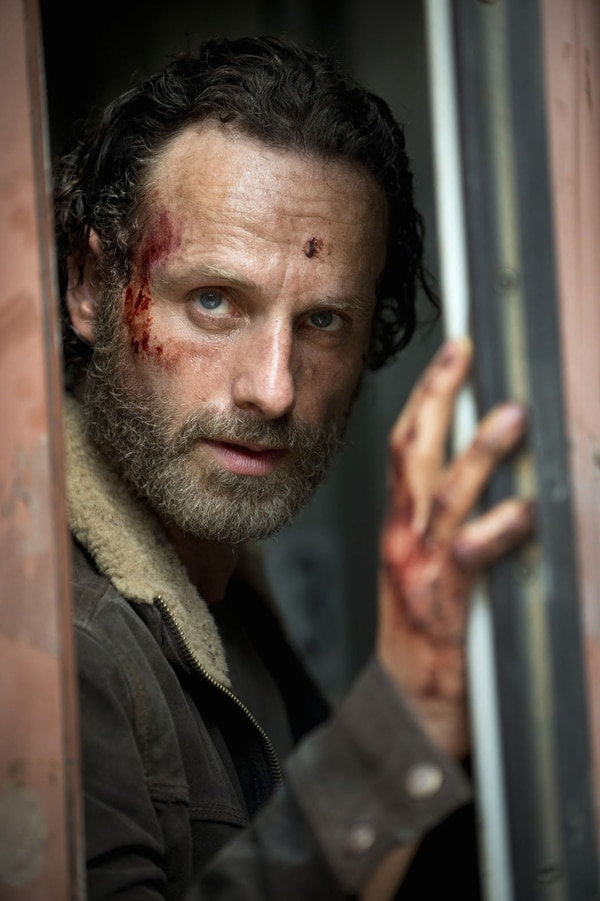Walking Dead Season 5 - AMC's July 4th 'Dead, White and Blue' Weekend to Include a Preview of The Walking Dead Season 5