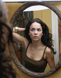 Alice Braga joins Repossession Mambo cast!
