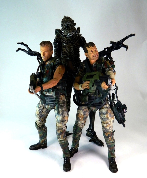 aliens series 1 - San Diego Comic-Con 2013: NECA Gives Better Look at Video Game Jason, Aliens, Predator & RoboCop Figures