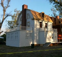 Set Photos Reveal Recreation of the Infamous Amityville House