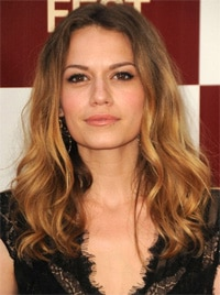 Bethany Joy Lenz One Tree Hill Vet Joins Dexter Season 8 in Recurring Role