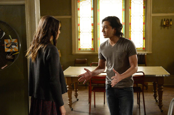 Being Human (US) Episode 4.07 - Gallows Humor