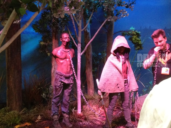 San Diego Comic-Con 2012: Better Look at The Walking Dead Scene Set Up