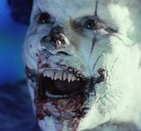 clown s - Real Life Evil Clown Terrorizing Town in England!