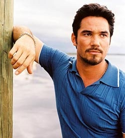 Dean Cain joins Maneter