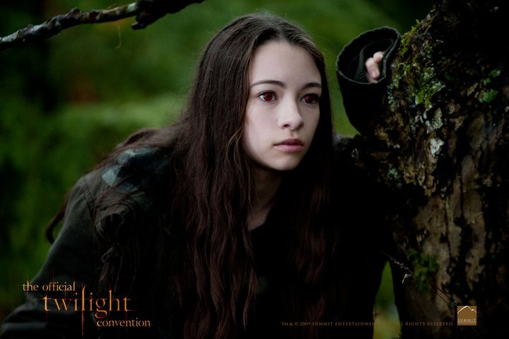 The Twilight Saga: Eclipse to Play the LA Film Fest; Two New Stills