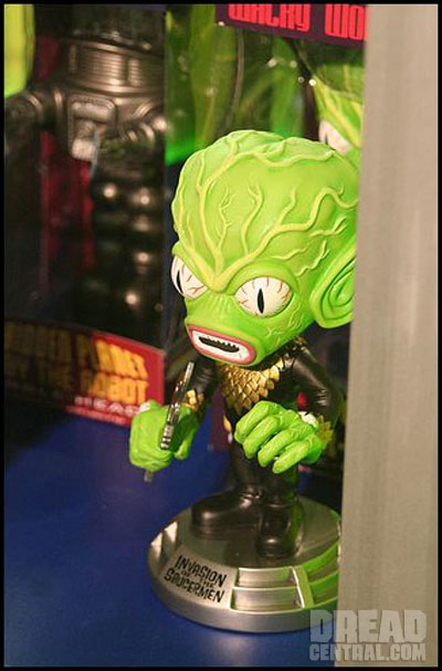 Toy Fair 2010: Funko Brings The Bobbleheads!