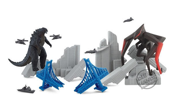 godzilla toy new 1 - Godzilla Collectible Image Explosion - First Good Look at MUTO Monsters!