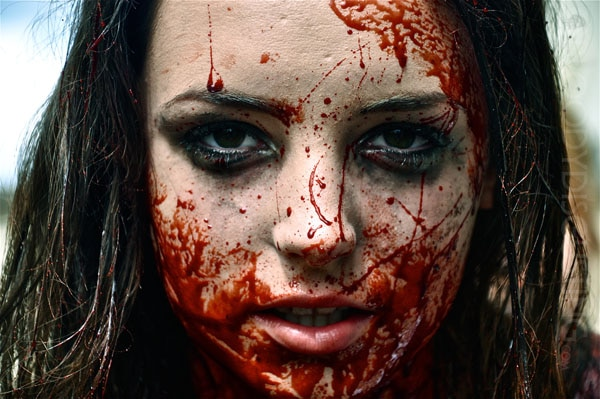 isabel2 - The Ecstasy of Isabel Mann Will Sate Your Hunger for Violent and Bloody Vampires