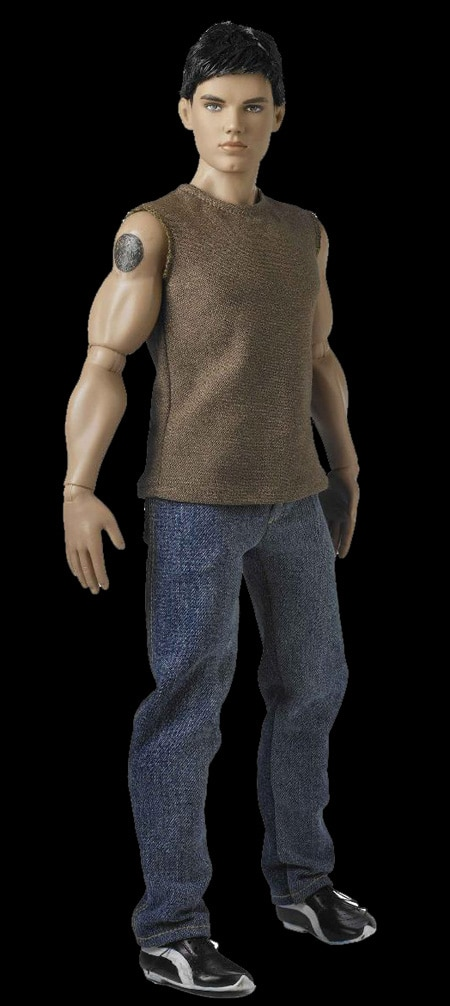 Tonner Expands its Twilight Line with New Moon Jacob Black Doll