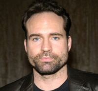 Jason Patric Books His Stay in Hotel 33
